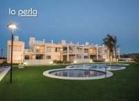 2 bed garden apartments with communal pool and Spa and beach club on the seafront of Mar Menor (3)