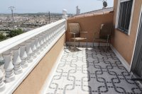 Townhouse with fabulous views and separate independent accommodation (24)