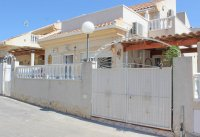 Well-presented, refurbished villa with community pool and lots of extras (20)