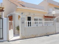Well-presented, refurbished villa with community pool and lots of extras (0)