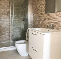New modern fully furnished apartments with all white goods included (8)