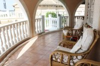 Spacious villa, one level, private heated pool two minutes' walk to the high street (17)