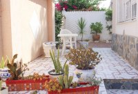 Spacious villa, one level, private heated pool two minutes' walk to the high street (20)