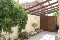 Spacious villa, one level, private heated pool two minutes' walk to the high street (21)