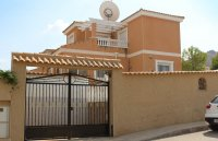 Villa with private pool within walking distance of Spanish village (28)