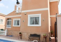 Villa with private pool within walking distance of Spanish village (29)