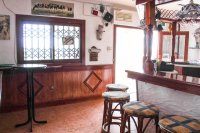 Well presented, cafe/restaurant with separate bar in busy commercial area (8)