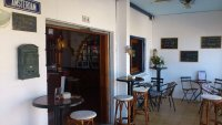Well presented, cafe/restaurant with separate bar in busy commercial area (13)