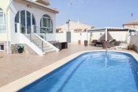 Impressive villa with private pool in quiet residential area (24)