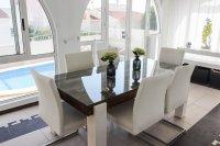 Impressive villa with private pool in quiet residential area (5)
