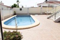 Impressive villa with private pool in quiet residential area (1)
