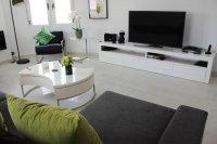 Impressive villa with private pool in quiet residential area (8)