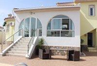 Impressive villa with private pool in quiet residential area (25)