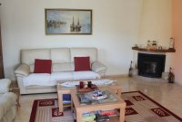 Spacious, sunny, well-presented villa - off road parking & plunge pool in quiet location (2)