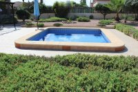 Spacious, sunny, well-presented villa - off road parking & plunge pool in quiet location (1)