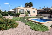 Spacious, sunny, well-presented villa - off road parking & plunge pool in quiet location (21)