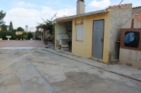 Spacious finca on large plot with private pool in Spanish village (17)
