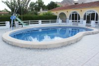 Spacious finca on large plot with private pool in Spanish village (22)
