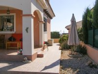 Attractive well presented detached villa (13)