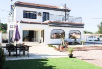 Stylish detached villa, infinity pool, 4,700 m2 plot, easy walking distance to amenities (32)