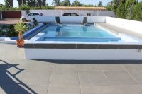 Stylish detached villa, infinity pool, 4,700 m2 plot, easy walking distance to amenities (1)