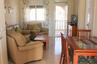 Well-presented, first floor apartment with solarium and community pool in Doña Pepa (5)