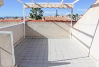 Well-presented, first floor apartment with solarium and community pool in Doña Pepa (18)