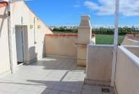 Well-presented, first floor apartment with solarium and community pool in Doña Pepa (17)