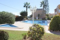 Well-presented, first floor apartment with solarium and community pool in Doña Pepa (2)