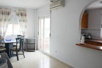 Attractive Penthouse Apartment, private solarium within easy walking distance to amenities (4)