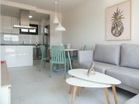 Beautiful brand new apartments only a 10 minute walk to the beach (1)