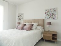 Beautiful brand new apartments only a 10 minute walk to the beach (5)