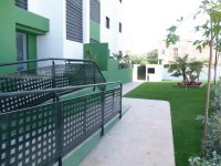Beautiful brand new apartments only a 10 minute walk to the beach (10)