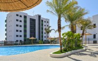 Beautiful brand new apartments only a 10 minute walk to the beach (12)