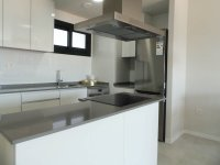 Beautiful brand new apartments only a 10 minute walk to the beach (2)