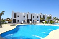 Brand new 2 bed bungalows with communal pool, only 850 meters from the beach (10)