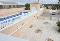 Spacious villa with private pool, large plot with off road parking & panoramic views (23)