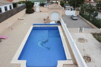 Spacious villa with private pool, large plot with off road parking & panoramic views (30)