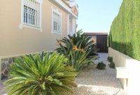 Sunny, well-presented, spacious villa with private pool & ample off-road parking (19)
