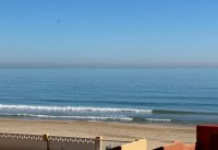 Perfect, modern holiday apartment with parking, overlooking blue flag beach (17)