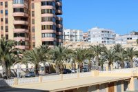 Perfect, modern holiday apartment with parking, overlooking blue flag beach (18)