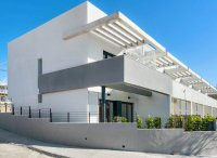 Lovely townhouses with communal pool on Alenda Golf course (18)