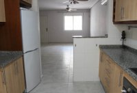 Very spacious townhouse with garage, easy walking distance to amenities (4)