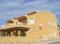 2 bed semi-detached apartments with communal pool  (15)
