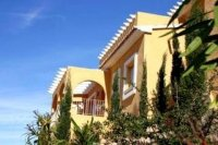 2 bed semi-detached apartments with communal pool  (10)