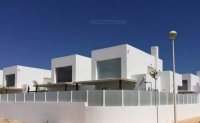 Walkable 400m to beach! Community of 8 independent villas with room for a private pool. (7)