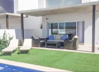 Walkable 400m to beach! Community of 8 independent villas with room for a private pool. (5)