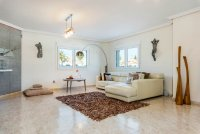 Completely reformed, stylish, luxury villa with separate accommodation (4)