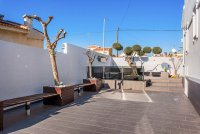 Completely reformed, stylish, luxury villa with separate accommodation (30)