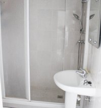 Well maintained ground floor apartment  with large communal pool, (10)
